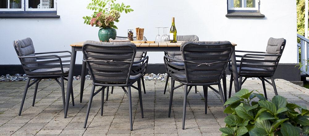 Havemøbelsæt   13 flotte sæt med borde og stole til haven