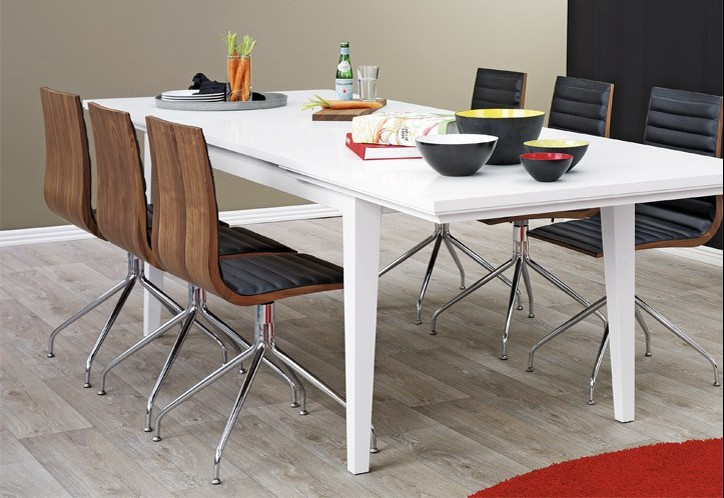 Spisebord med udtræk   17 smarte borde der kan udvides